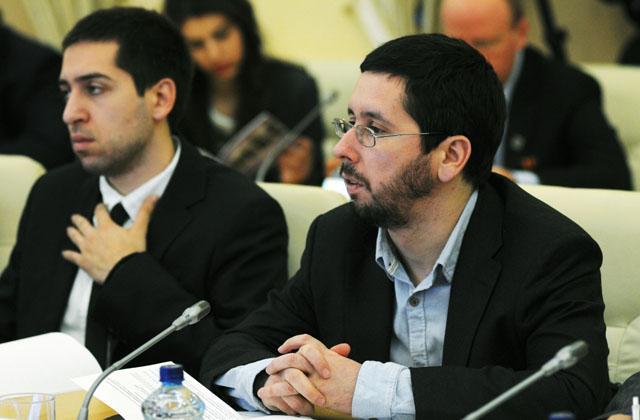 Чернов Михаил Игоревич (справа), председатель правления Фонда поддержки и развития еврейской культуры, традиций, образования и науки: РИСИ 16.04.2015