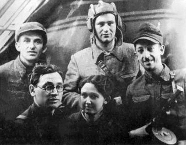Группа евреев-партизан бригады имени Чкалова, 1943 г.